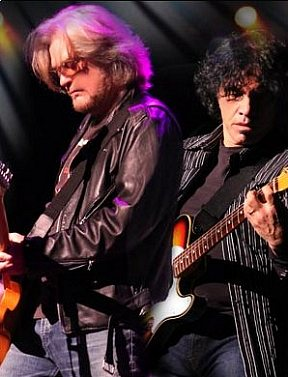 Daryl Hall & John Oates and Tears For Fears to Perform at T-Mobile Arena July 21