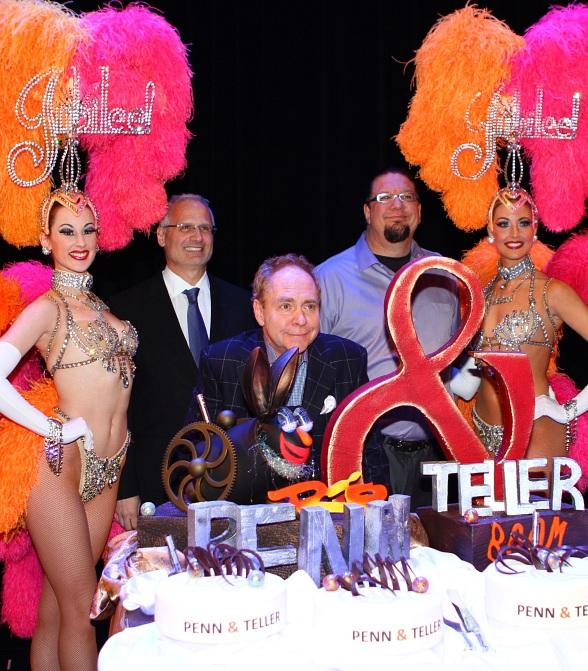 Penn & Teller Celebrate 20 Years in Las Vegas with Six Year Contract Extension at Rio All-Suite Hotel & Casino