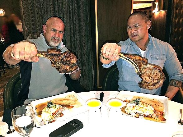 Bill Goldberg and Tu Lam Slice It up at Andiamo Italian Steakhouse