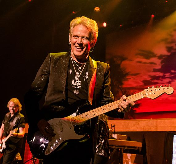 """Styx and Don Felder Rock The Venetian Theatre During Opening Weekend of their """"Renegades In The Fast Lane"""" Five-Night Limited Engagement"""
