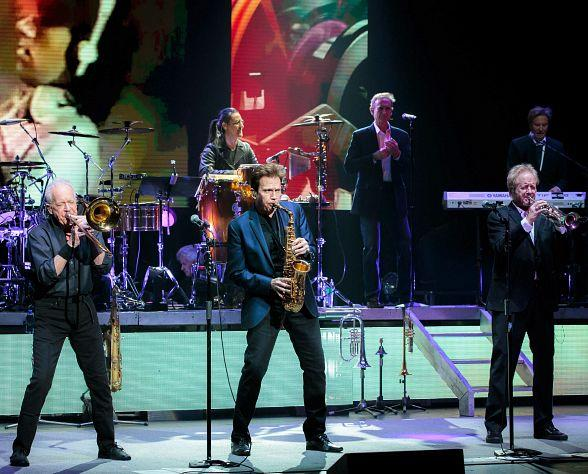 Legendary Band Chicago Kicks off Limited Engagement at The Venetian Las Vegas