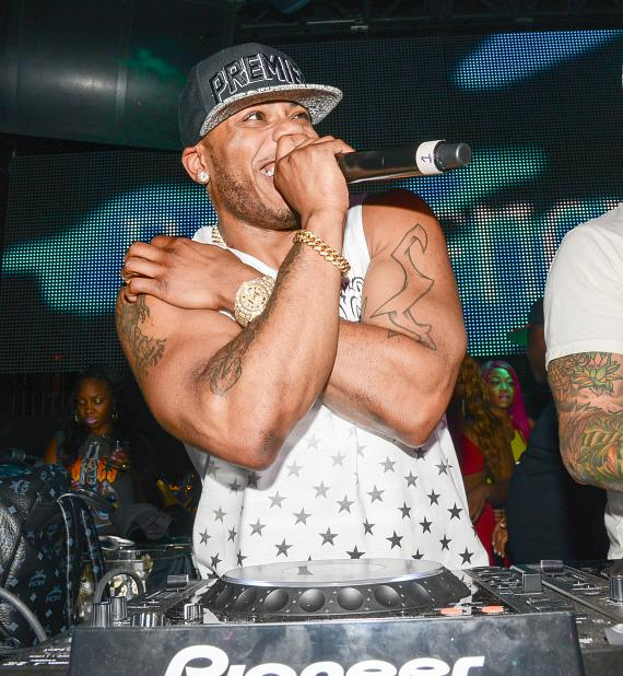 Nelly performs at Body English in Las Vegas
