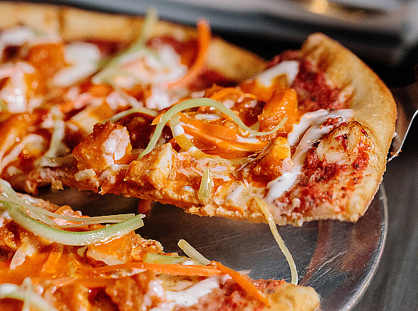Of Vegas Pizza Kitchen & Bar Debuts All-New Menu Featuring Italian