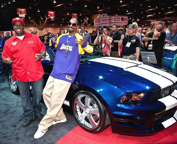 Rapper Snoop Dog Shows Off His Tricked Out Ford Mustang At