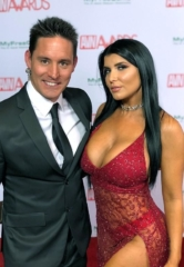 Paul Scally Hosts Red Carpet for 35th AVN Awards at Hard Rock Hotel & Casino Las Vegas