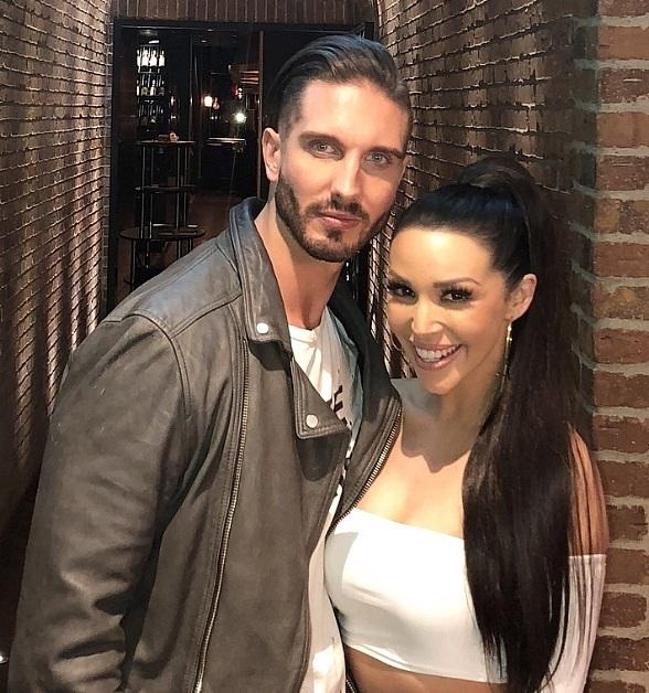 """Vanderpump Rules"" Stars, Scheana Shay and James Kennedy, Spotted Dining at Andiamo Italian Steakhouse"