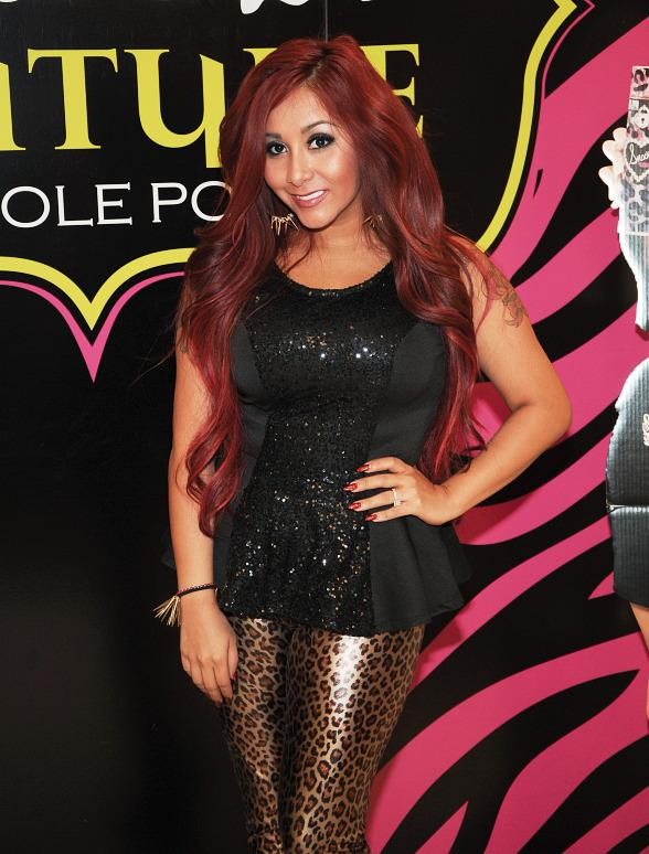 Nicole Polizzi Launches Snooki Couture Perfume at Perfumania in Las Vegas