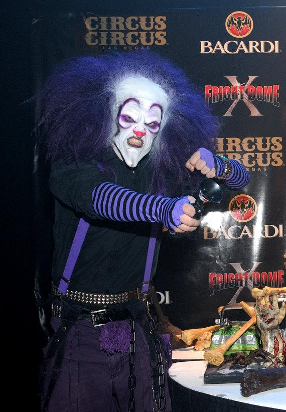 Scary clown at the Grand Opening of Fright Dome