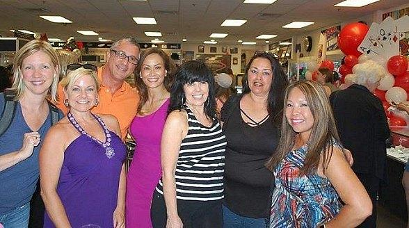Max Pawn Supports World Series of Poker Participants By Planning Ladies Night on June 26