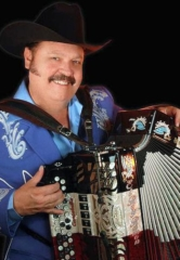 Ramon Ayala to Perform at The Star of the Desert Arena in Primm May 5