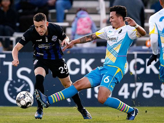 After playing in Lights FC's back-line the last two games, Mobi Fehr returned to the midfield against Switchbacks FC. He led Las Vegas with 38 passes, 25 passes in the opponent's half, and gaining possesion 5 times.