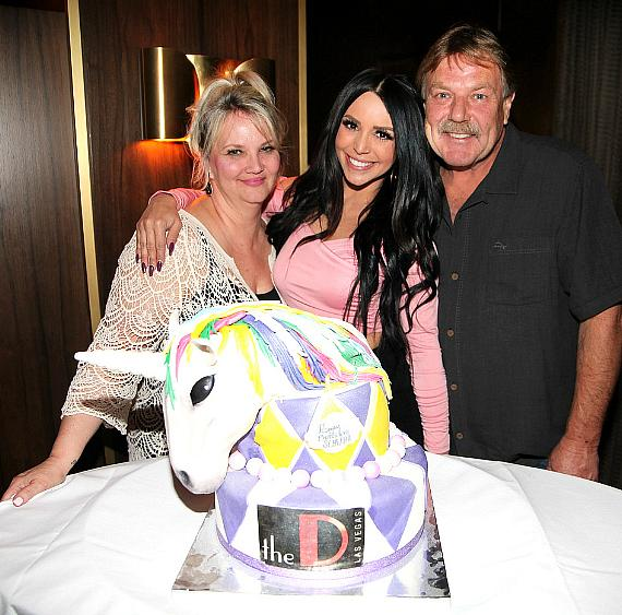 """Vanderpump Rules"" star Scheana Marie, Mother Erika, Father Ron and Birthday Cake at Andiamo Italian Steakhouse at the D Las Vegas"