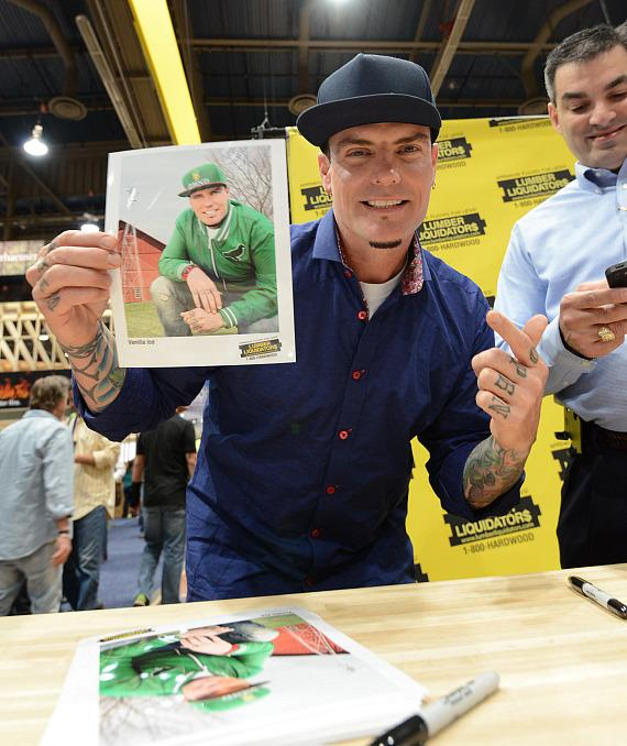 Vanilla Ice with photo at NAHB International Builders Show in Las Vegas