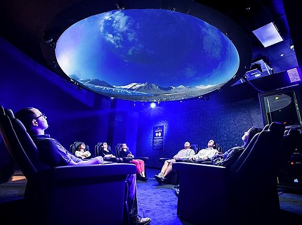 """Polar Journey"" Invites Guests to Experience the Unknown at Shark Reef Aquarium Inside Mandalay Bay"