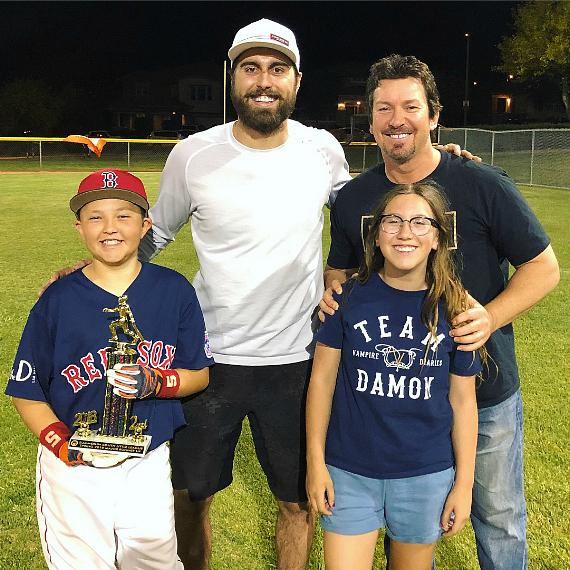 Vegas Golden Knights player Alex Tuch with Richard Wilk and his kids, Chase and Ashlyn
